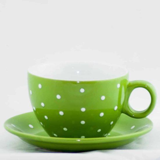 Tasse et sous tasse verte à pois blanc d'une contenance de 33cl.
